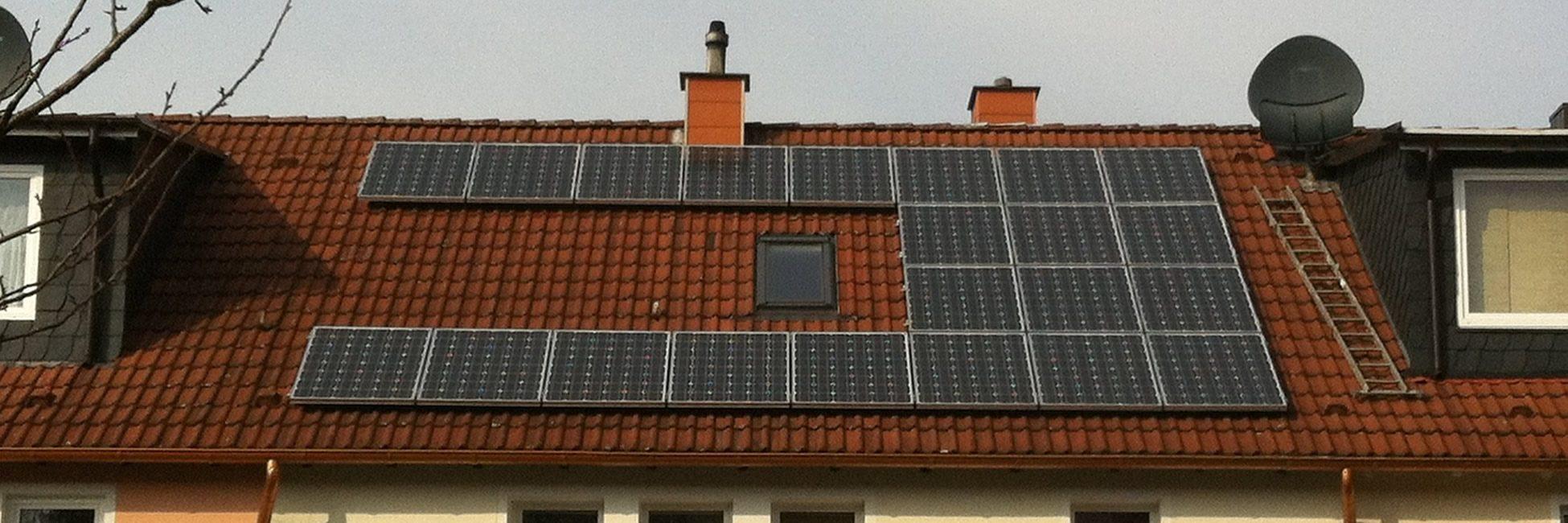 solar-modules-1634596_1920-1.jpg